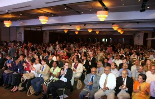 SOCIAL-BUSINESS-DAY-2013 2
