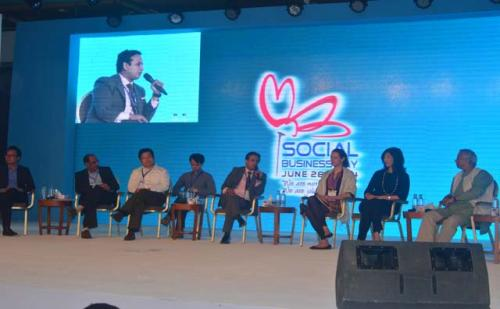 SOCIAL-BUSINESS-DAY-2014